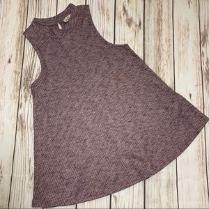 3 for $25! Hollister tank top